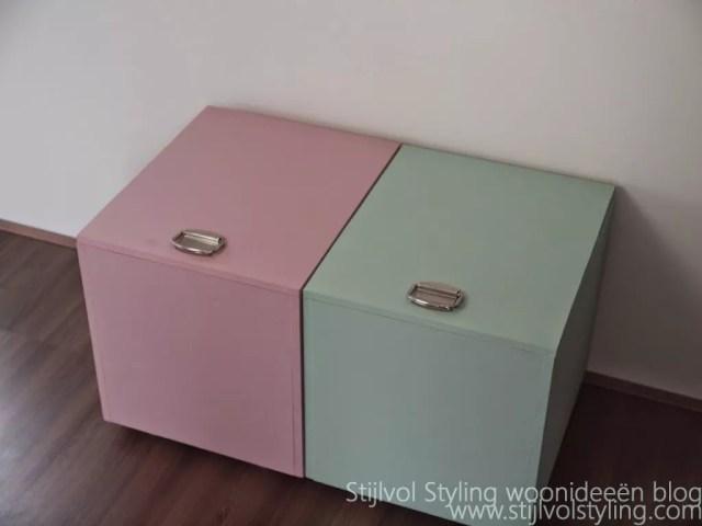 DIY | Stijlvolle & multifunctionele opberg kist / krat maken #pure #orginal #kalkverf #krijtverf #krat #doe-het-zelf #DIY #DHZ - www.stijlvolstyling.com