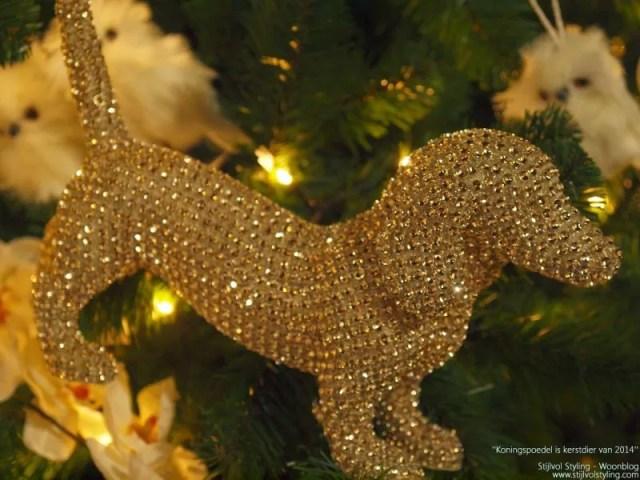 Feestdagen   Kersttrend - Koningspoedel is kerstdier van het jaar 2014 #kerst #feestdagen #trends #wonen #interieur #woonblog #interieurblog #kerstblog - www.stijlvolstyling.com