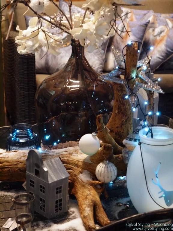 Winterwonderland kersttafel decoratie door Stijlvol Styling