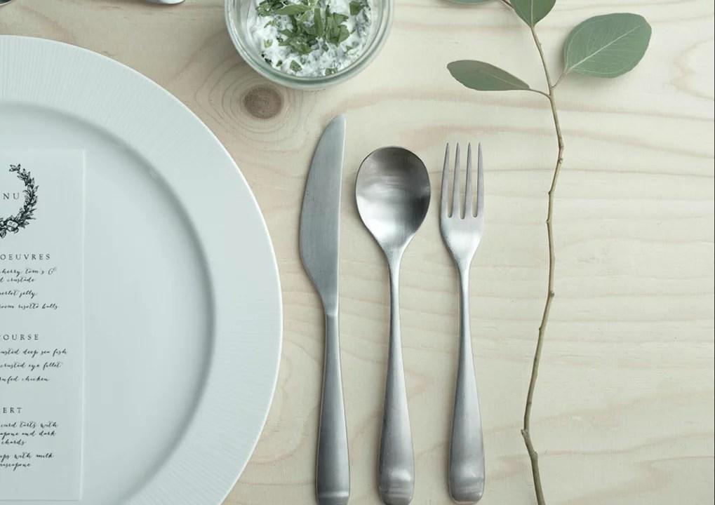 Woonnieuws   Dek en feestelijke tafel met Ikea - Stijlvol Styling Woonblog www.stijlvolvolstyling.com