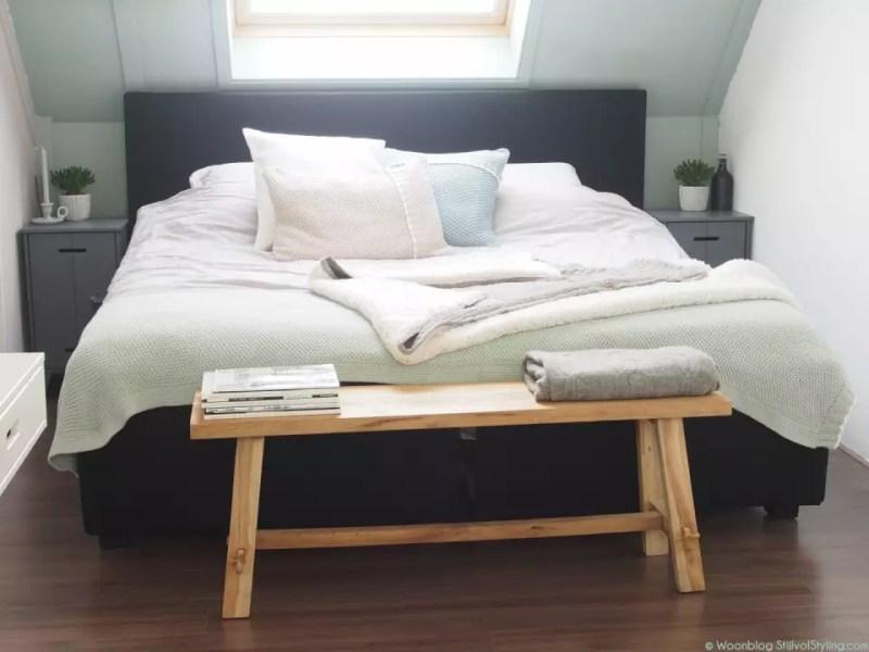 © Woonblog - StijlvolStyling.com   Ontwerp & styling SBZ Interieur Design   Slaapkamer kleuren Early Dew & Urban Taupe van Flexa Creations #Flexanl #interieuradvies #kleuradvies #woonblog