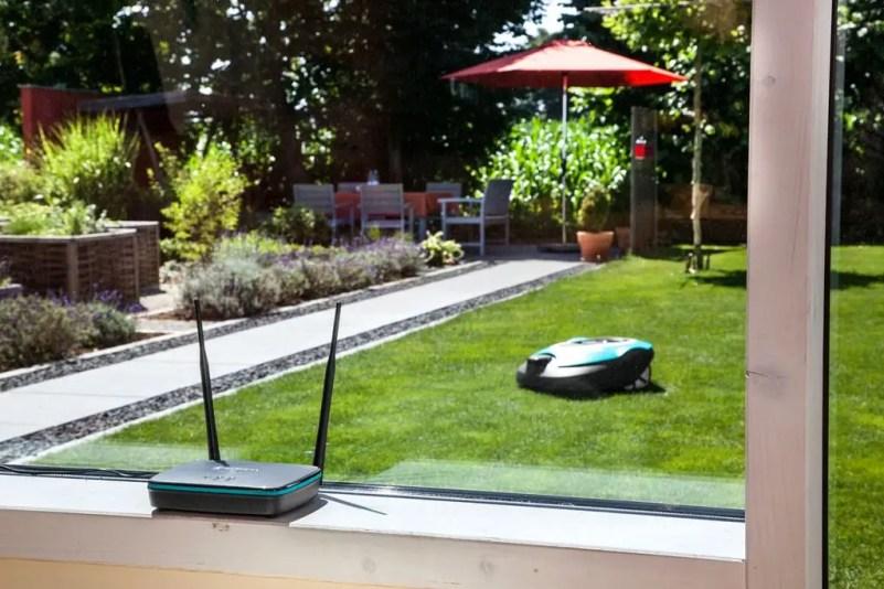 Buitenleven   Slim tuinieren met de automatische tuin (GARDENA smart garden) - Woonblog StijlvolStyling.com