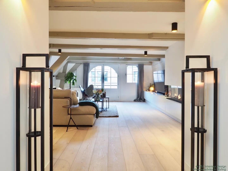 Vierkante woonkamer inrichten cheap vierkante eiken tafel for Vierkante woonkamer inrichten