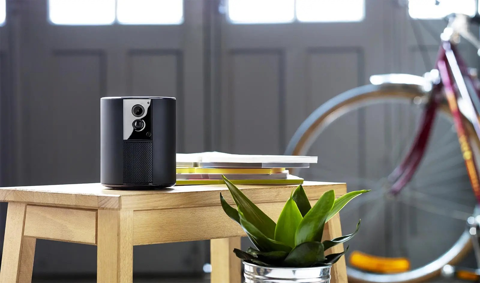 Woonnieuws | Wat is het beleid van privacy met een beveiligingscamera? | Woonblog StijlvolStyling.com by SBZ Interieur Design (Beeld: Somfy)