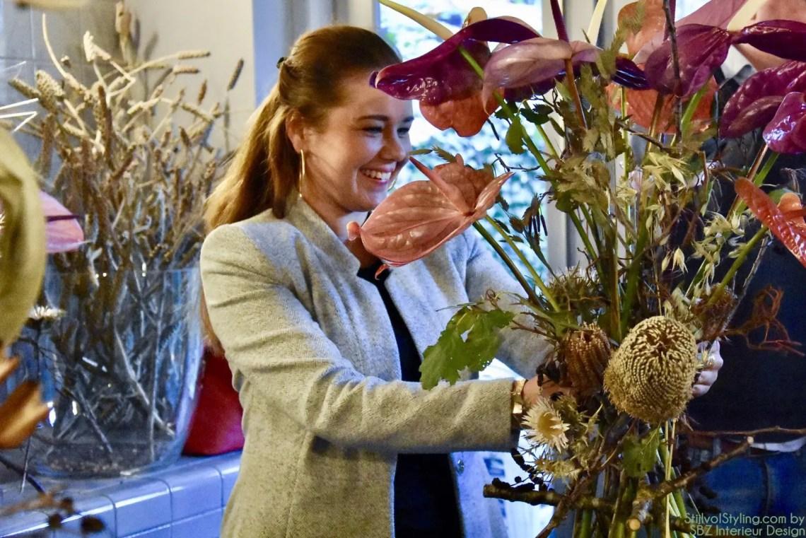 DIY | Hip bloemstuk van Anthuriums en droogbloemen - Woonblog StijlvolStyling.com by SBZ Interieur Design