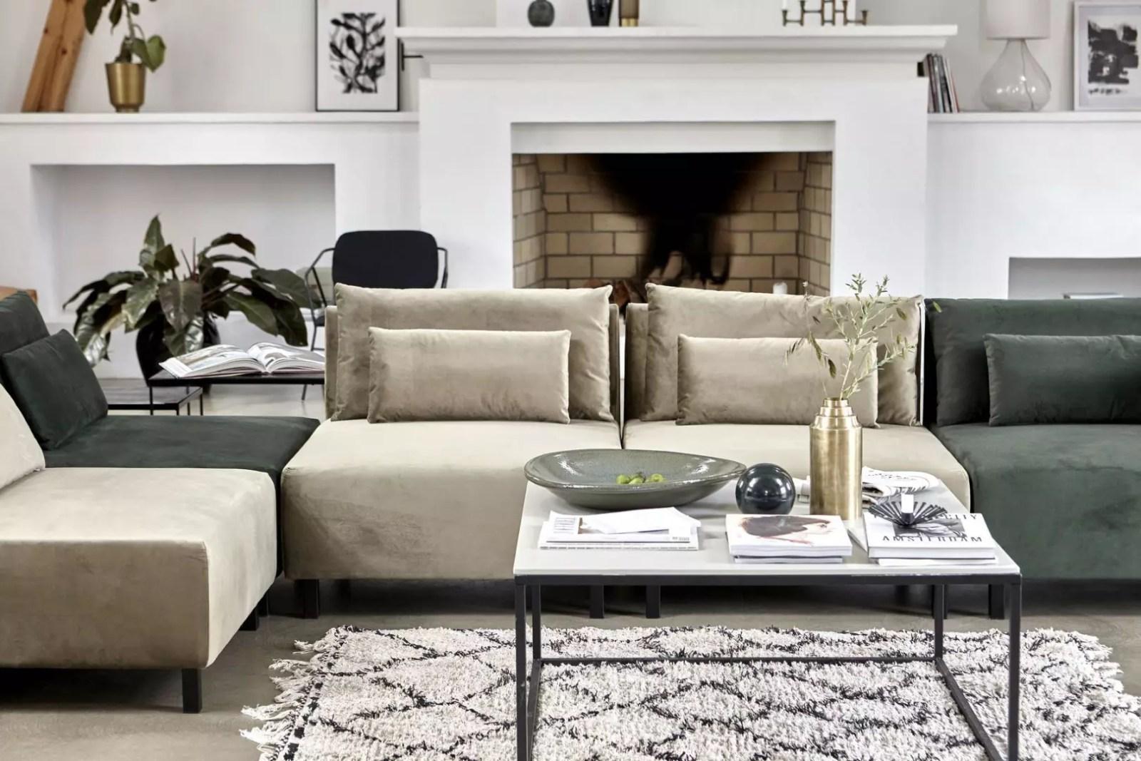 Woontrends | Velvet stof in je woning. Doe jij mee met deze trend? Woonblog StijlvolStyling.com (beeld: House Doctor)