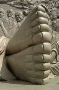 voetenvandebuddhanhatrang[1]