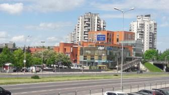 Stiklai ir vedrodžiai. Šeškinės prekybos centras, Šeškinės g.26, Vilnius