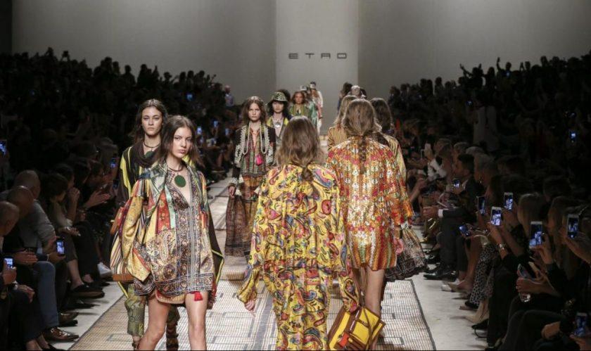 Milano Moda Donna 2016. Sfilata Etro. Foto LaPresse