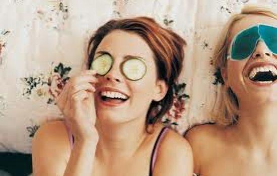 Pulizia del viso, maschere e lozioni decongestionanti fai da te