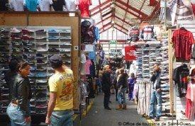 Top shopping destinations in paris paris shopping still in paris - Marche porte de clignancourt ...