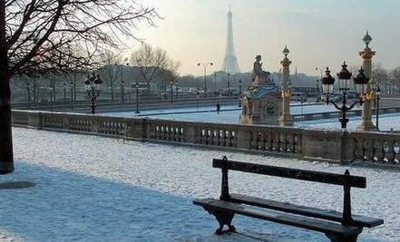 Paris-im-Februar - schneebedeckt
