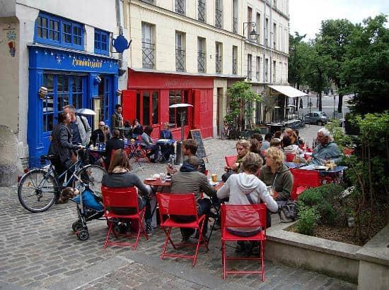 Paris terrace on Sunday