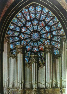 Notre Dame organ and rose window