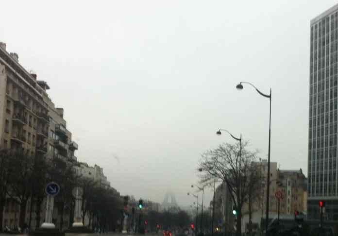 파리의 11월 : 날씨, 행사, 옷차림.