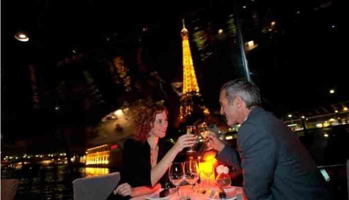 Romantisch diner Cruise in Parijs voor NYE 2019