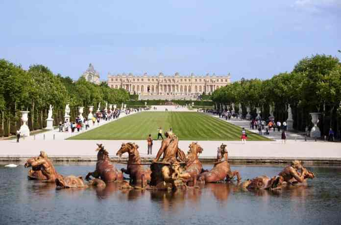 Excursion to Chateau de Versailles