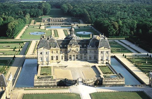 Chateau de Vaux-le-Vicomte visto desde el aire.
