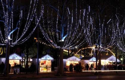 Christmas Market Champs Elysées