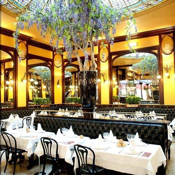 Restaurants for New Year's Eve dinner in Paris 2020