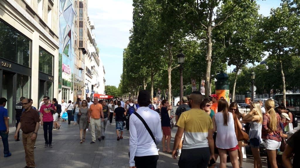 designer fashion 96fa0 a3412 Shops on the Champs-Elysées | Paris Shopping | Still in Paris