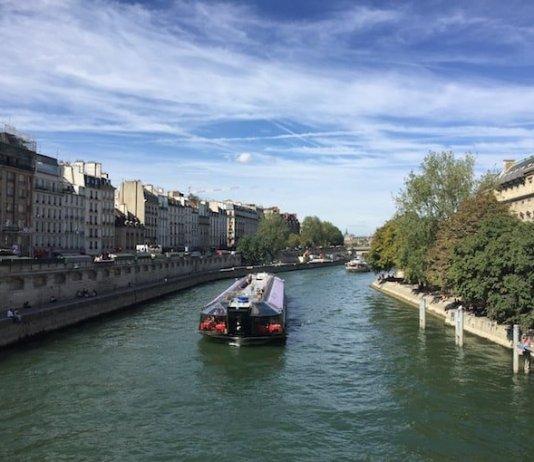 Boat Tour in Paris
