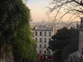 Calles del barrio Montmartre y vistas