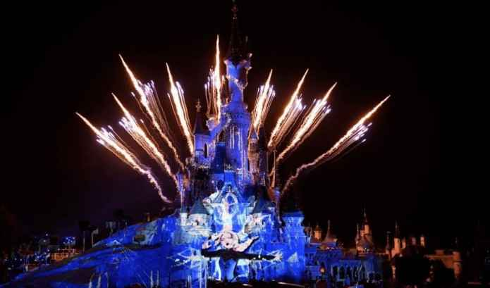 New Year's Eve at Disneyland Paris 2020 : Schedule, Prices, review