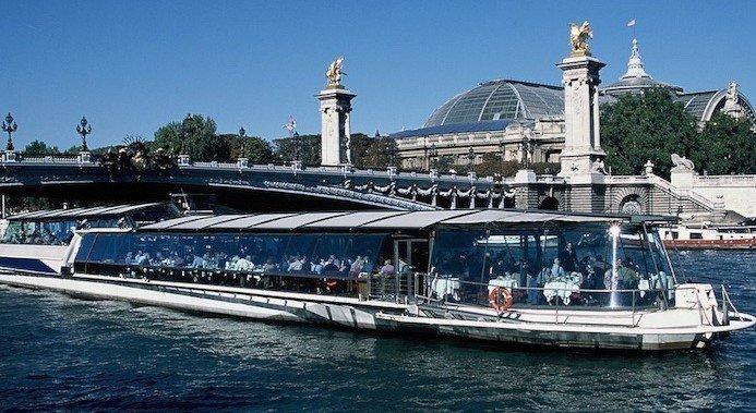 Bateaux Parisiens Lunch-Kreuzfahrt