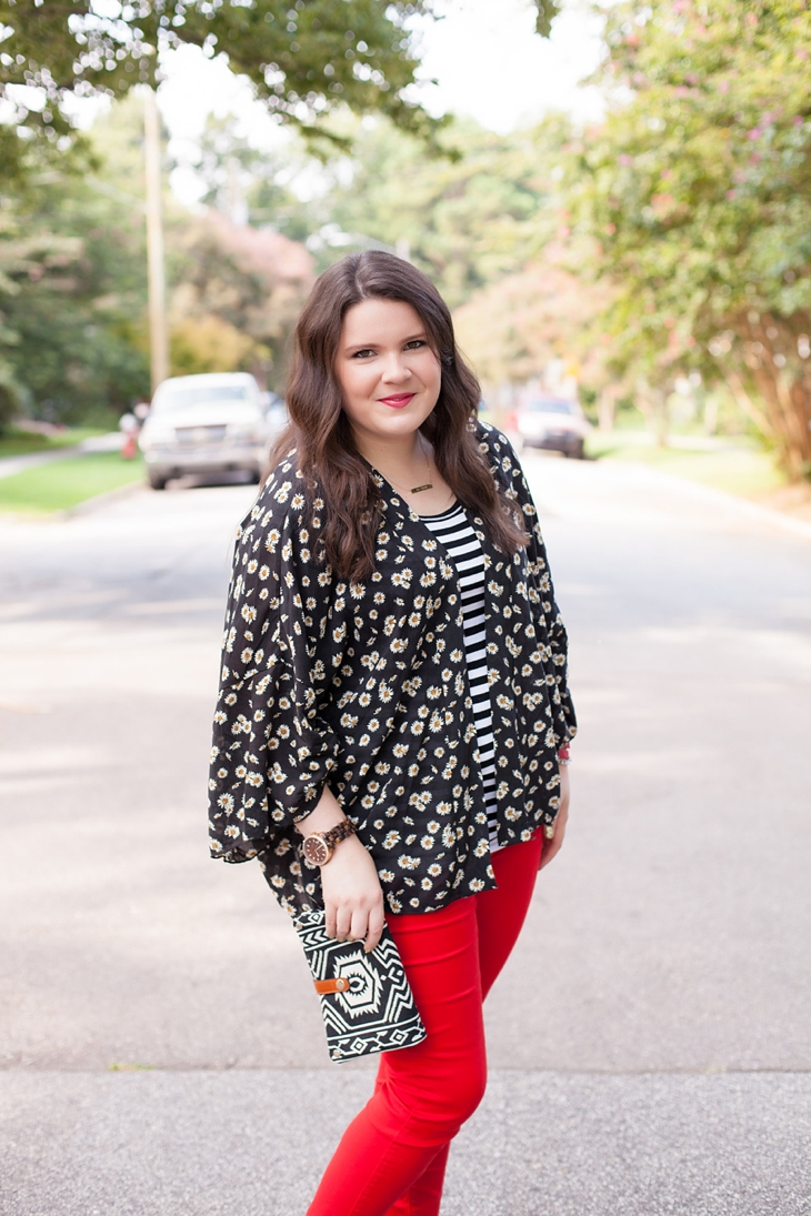 Red jeans from Stitch Fix, Daisy floral kimono from Stitch Fix, black and white striped tee (5)
