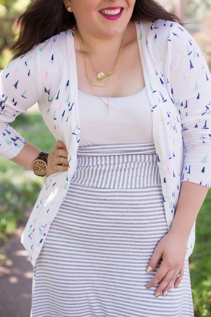 How to Wear Gap Striped Maxi Dress Three Different Ways (7)