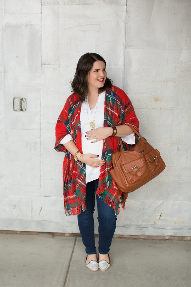 Forever 21 Plaid Poncho, skinny jeans, Lily Jade bag, The Root Collective smoking shoes, Nickel and Suede earrings, Mata Traders Necklace, Fall Maternity Fashion (7)