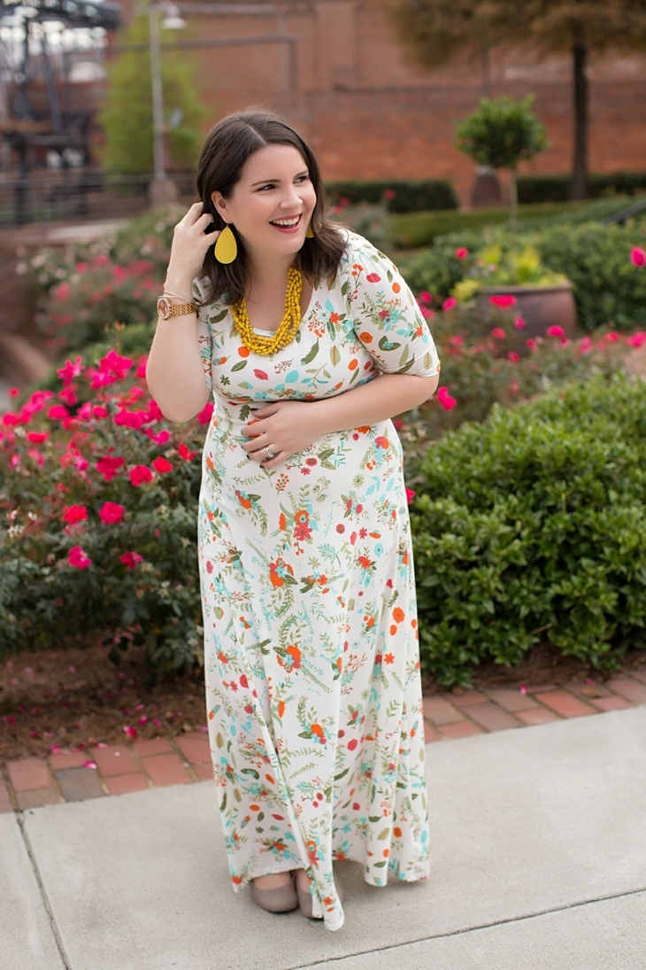 LulaRoe floral Ana dress, yellow accessories, Nickel and Suede earrings, Root Collective shoes, maternity, fall, fashion (8)