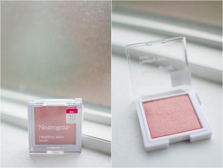 Simple Holiday Plum-Inspired Makeup Tutorial with NEUTROGENA Cosmetics (6)