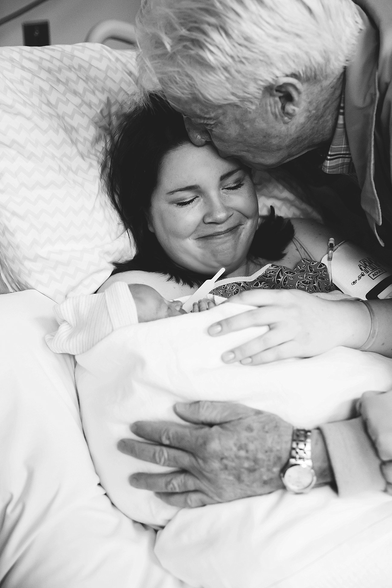 Family Centered Cesarean C-Section Birth Story | (C) 2015 Rebecca Keller Photography (44)