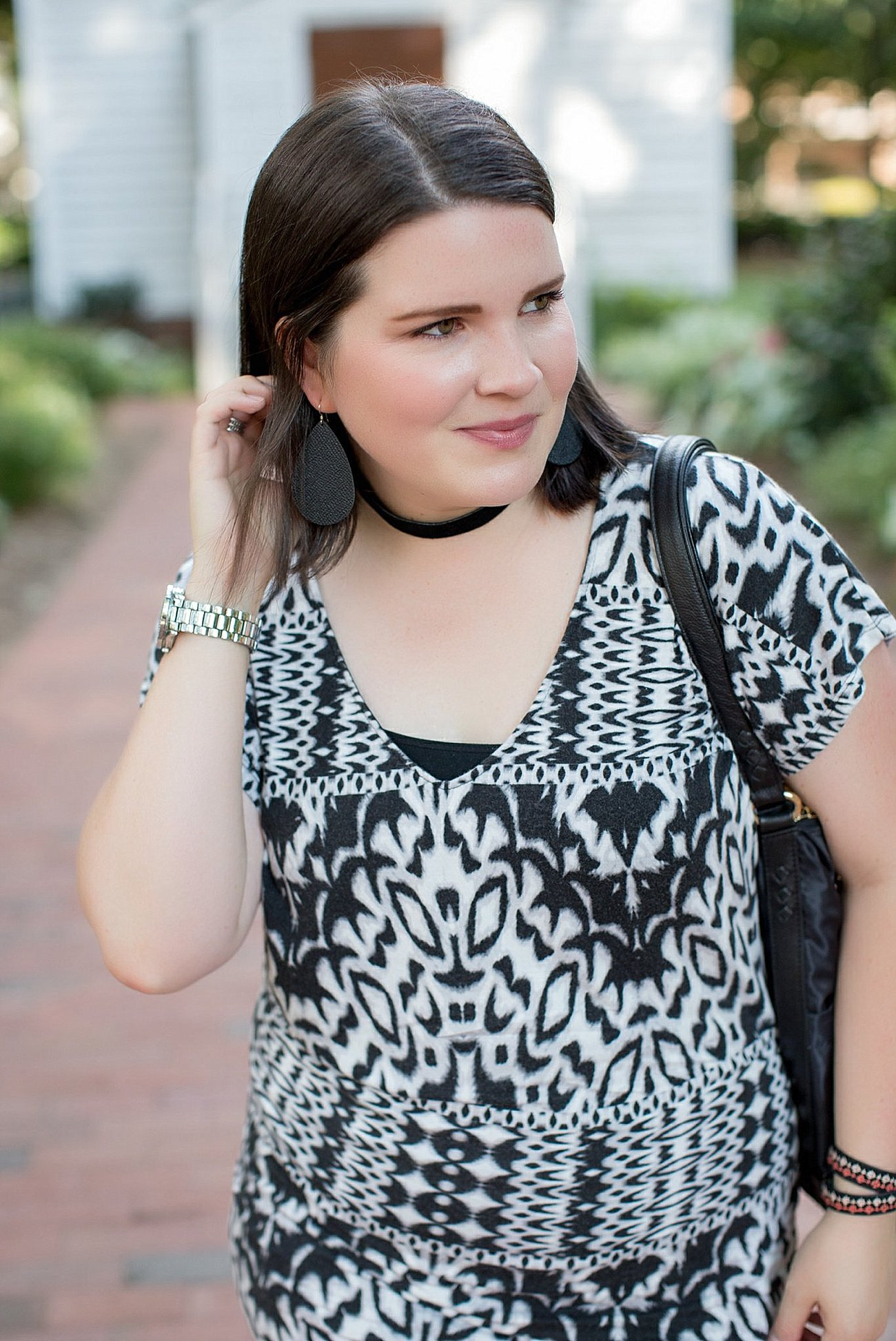"Threads for Thought ""Mia Dress"", LulaRoe black leggings, Lily Jade diaper bag, Nickel & Suede choker, Nickel & Suede earrings, Darzah stitched leather cuff 