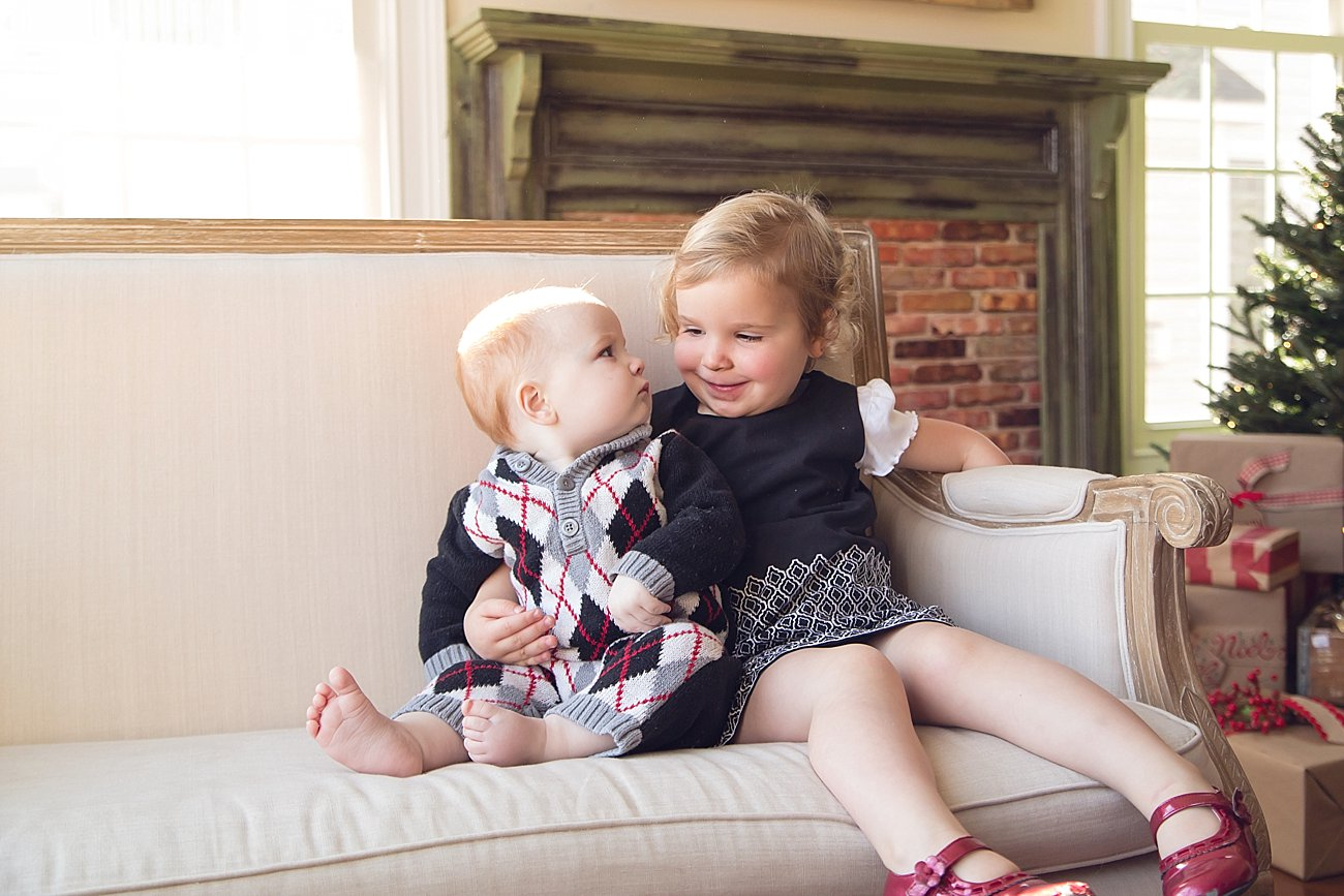Lilly and Amos - Santa Mini Session with Rebecca Keller Photography - Raleigh, North Carolina - 2016 (3)