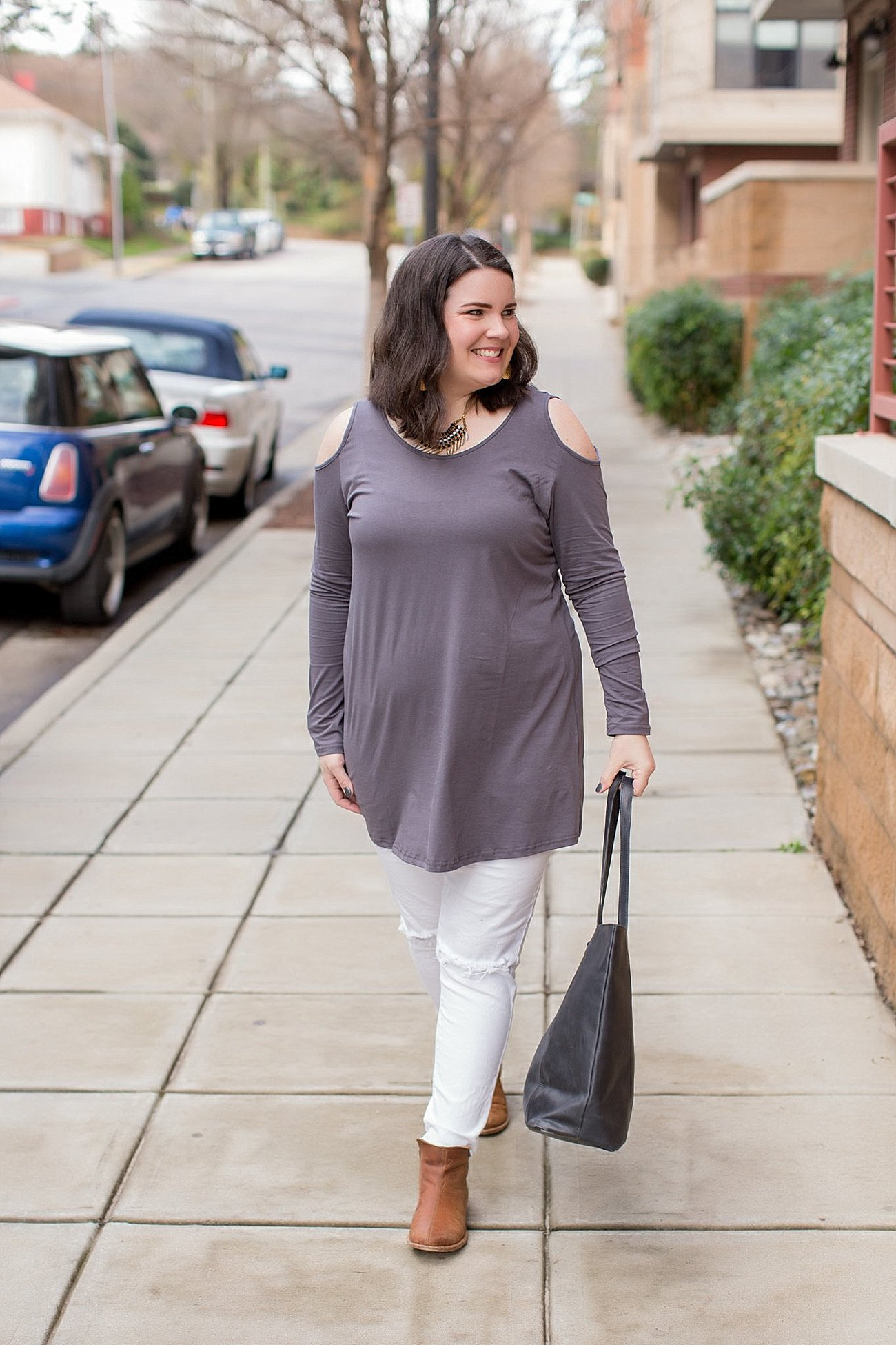 "Elegantees cold shoulder tunic, The Flourish Market, Sseko Designs ""florence"" necklace, The Root Collective booties (6)"
