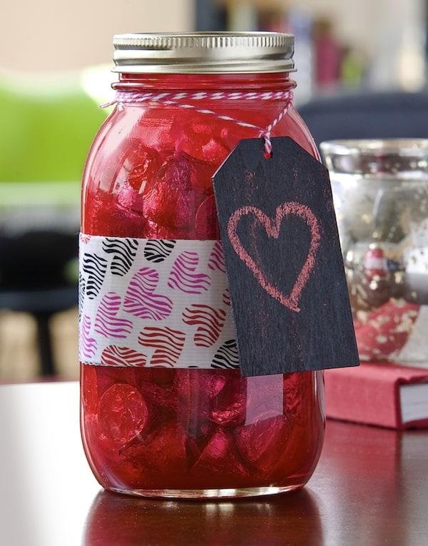 Easy Valentine's Day Mason Jar Gift
