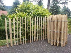 akátový plot-balík