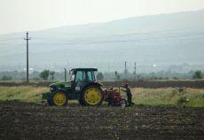Din punctul de vedere al performanţelor agricole şi al dezvoltării rurale, stadiul actual real al agriculturii româneşti este similar cu stadiul în care se afla agricultura ţărilor UE-6 în anii 1965–1970, se arată în strategia elaborată de Comisia Prezidenţiale pentru Politici Publice de Dezvoltare a Agriculturii în România.