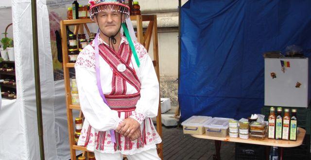 Lucian Colac, la Targul Zilele Argesului si Muscelului de la MADR