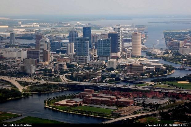 USA-Florida-Tampa-0--737419155