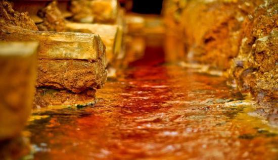 aur-de-peste-600-000-lei-confiscat-de-la-persoane-exploatau-ilegal-in-rosia-montana