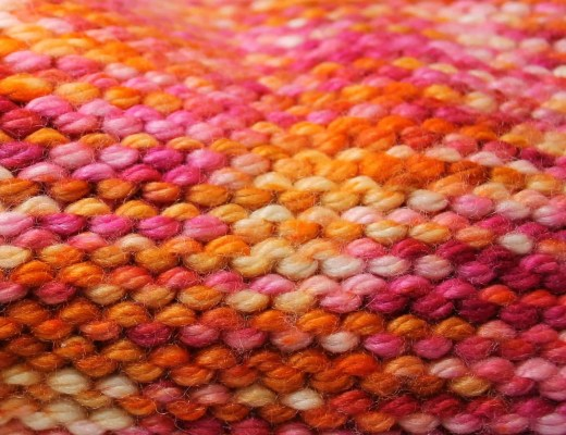 purl stitches in knit fabric