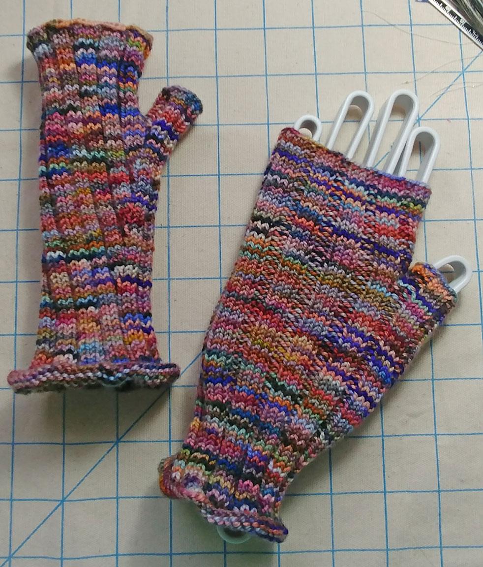 Pioneer Finger-less gloves