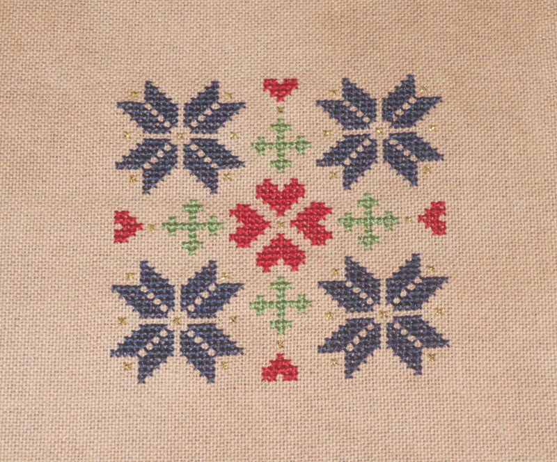 Quakerish Quilt Inspired Ornament
