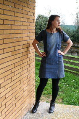 A Garment A Week - Week 37 - A denim dress with pockets for the refashioners - stitchremedy.com