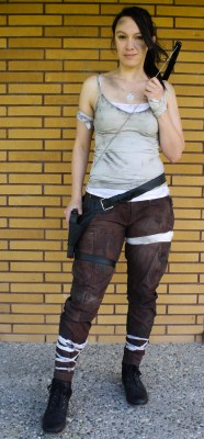 Halloween 2016 Costumes - Cosplay - Costume party - stitchremedy.com - Lara Croft - Tomb Raider