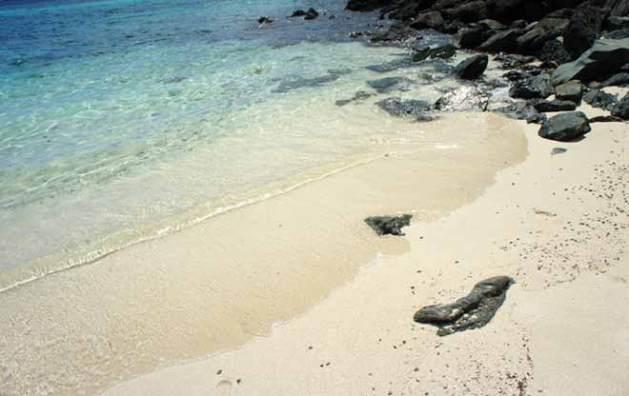 jumbie-bay-beach-stjohn-usvi